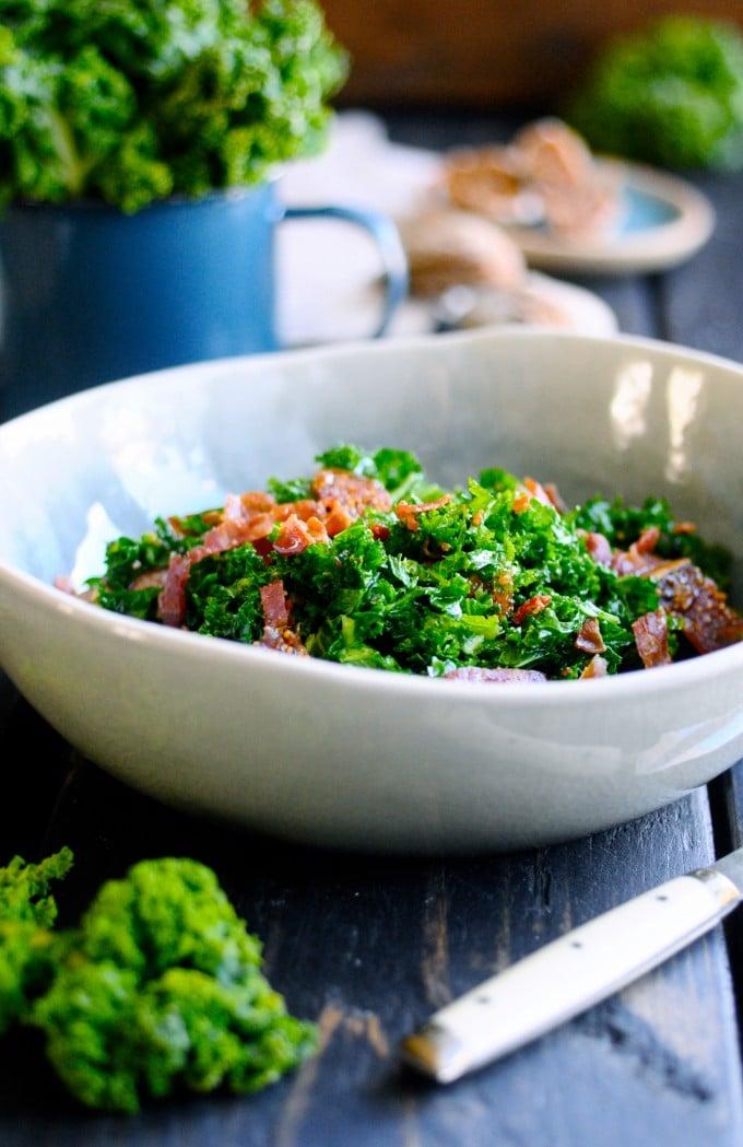Salat med grønkål og bacon | www.juliekarla.dk