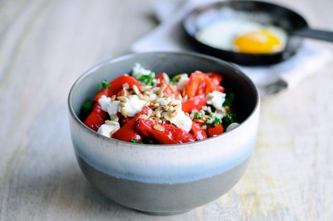 Salat med gedeost, peberfrugt og grønkål | www.juliekarla.dk
