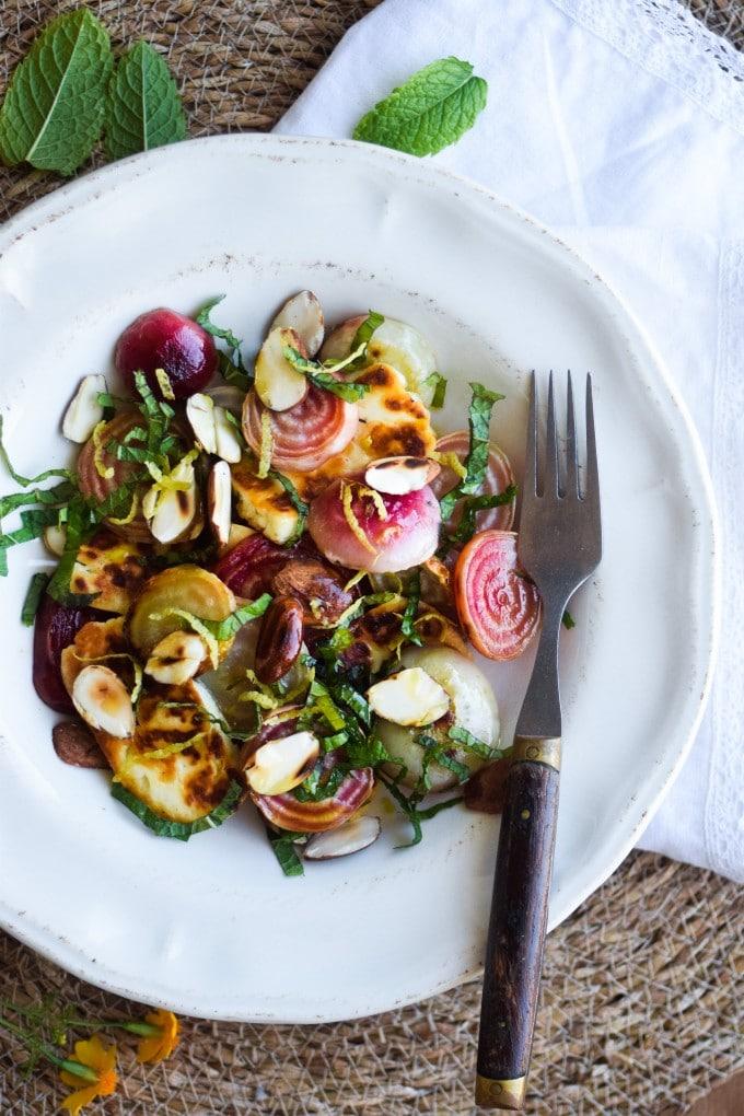 Salat med beder og ost